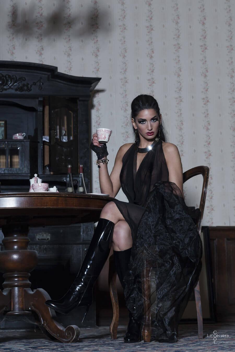 Fetisch – Domina Lady Electra